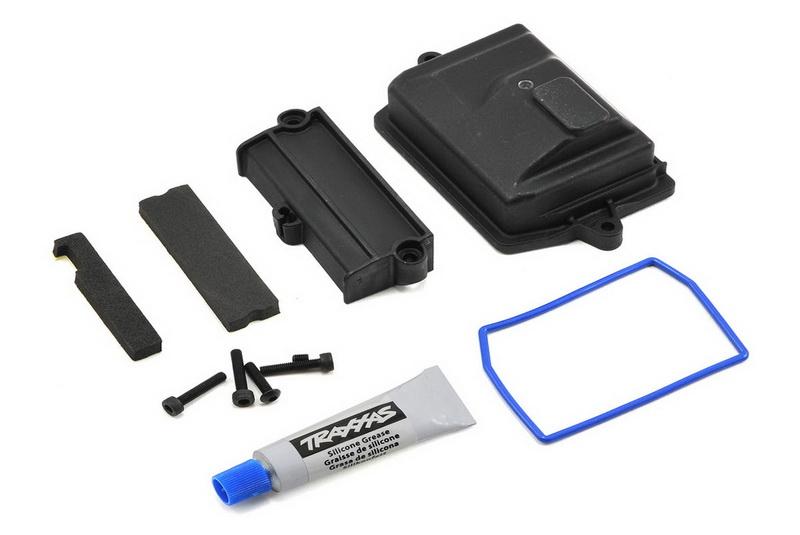 Запчасти для радиоуправляемых моделей Traxxas TRAXXAS Box, receiver (sealed): wire cover: foam pads: silicone grease: 3x15 CS (4)