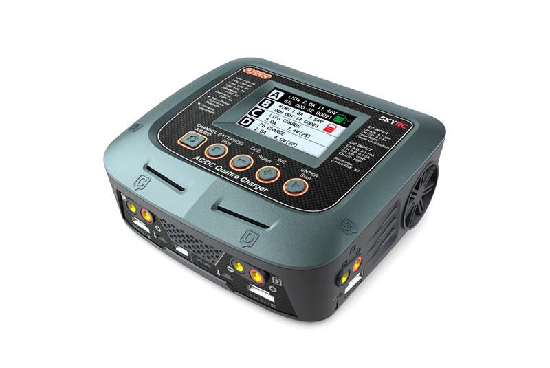 Зарядно-разрядное устройство SkyRC Q200 (4 канала, 200 Вт)