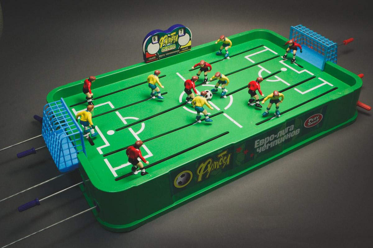 Настольная игра HC-Toys Футбол Юношеский чемпионат 0705