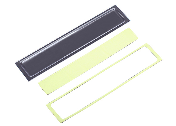 Запчасти для радиоуправляемых моделей Traxxas TRAXXAS Tailgate panel insert (clear, requires painting): adhesive foam tape (2) (fits #8010 body)