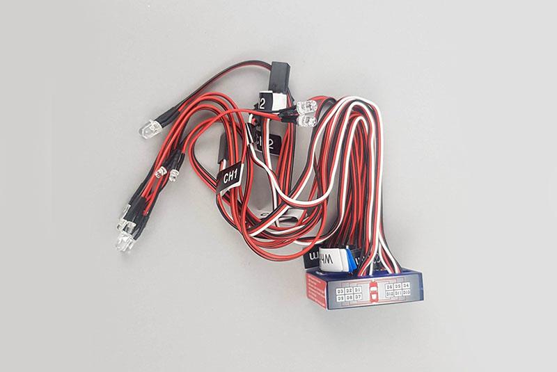 Светотехника Fuse 12 LED Flashing Smart LED Light System