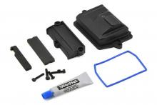 TRAXXAS запчасти Box, receiver (sealed): wire cover: foam pads: silicone grease: 3x15 CS (4)