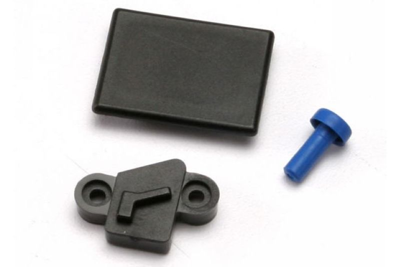 Запчасти для радиоуправляемых моделей Traxxas TRAXXAS Cover plates and seals, forward only conversion (Revo) (Optidrive blank-out plate, Optidrive sensor