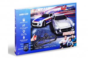 HC-Toys Гоночный трек 5м Mersedes SLS + Police 1:43