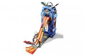 HC-Toys Игровой набор Hot Wheels FTB68 МегаГараж